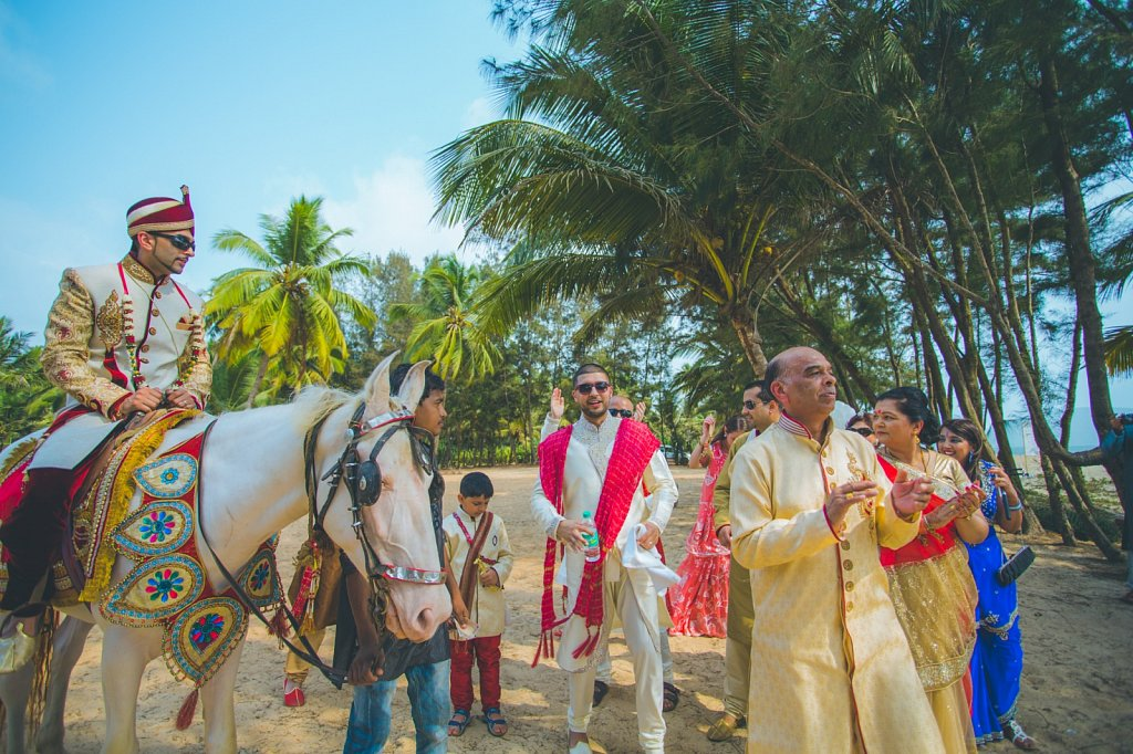 Beach-wedding-photography-shammi-sayyed-photography-India-9.jpg