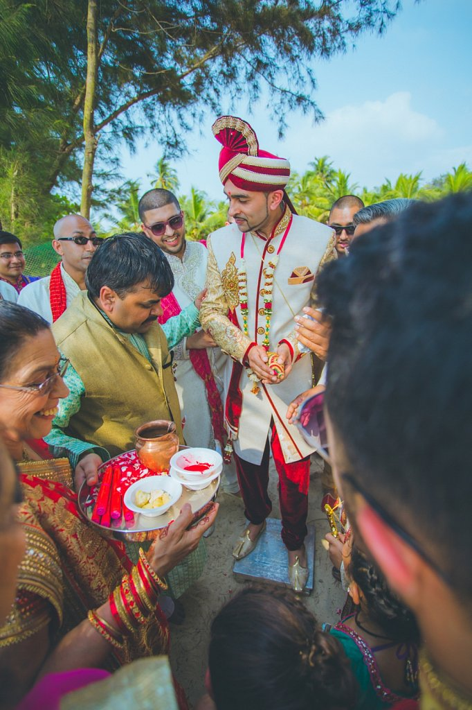 Beach-wedding-photography-shammi-sayyed-photography-India-22.jpg