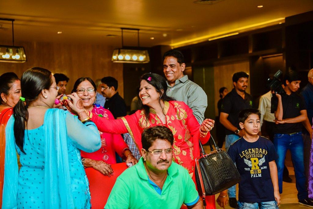 candidweddingphotography-Ahmadabad-shammisayyedphotography3.jpg